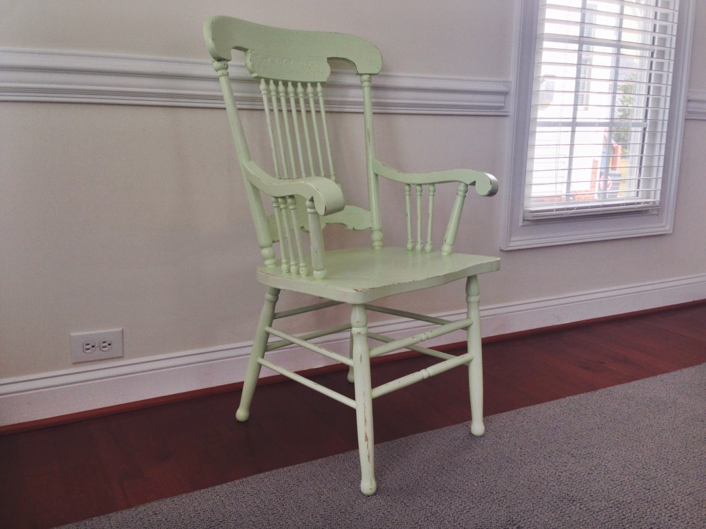 ugly oak refurb part chair antique captains chair full view final product primed painted sealed distressed Valspar Bullseye Rustoleum